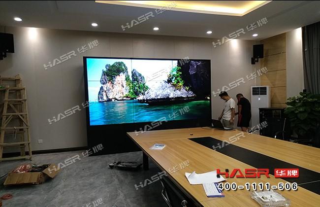 康城雅苑55寸3X3液晶拼接屏项目